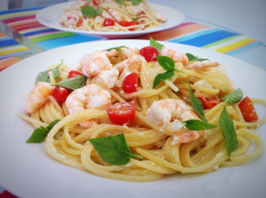 espaguete camarão cottage